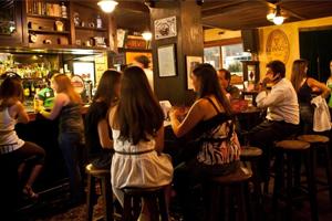 All Black guia de bares e baladas rock em São Paulo - RockCine