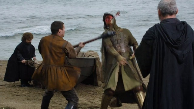 Gendry lidando com soldados de Porto Real - Game of Thrones S07E04